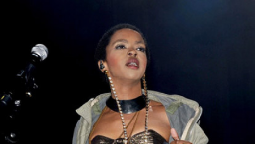 lauryn-hill-delivers-at-first-uk-show-in-five-years_l