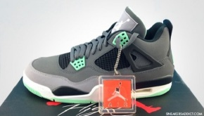 "Air Jordan IV ""Green Glow"" Official Pics"