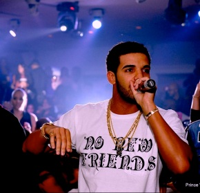 "Drake Performs ""No New Friends""…Without…'Friends' [Video]"