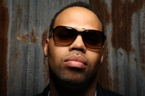 Eric Roberson: Musicians At Google [Live Performance Video]