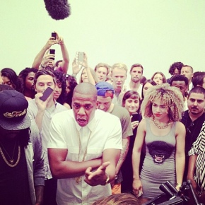 Art to Life: Jay-Z Performs 'Picasso Baby' @ NYC Pace Gallery [ Pics +Video]